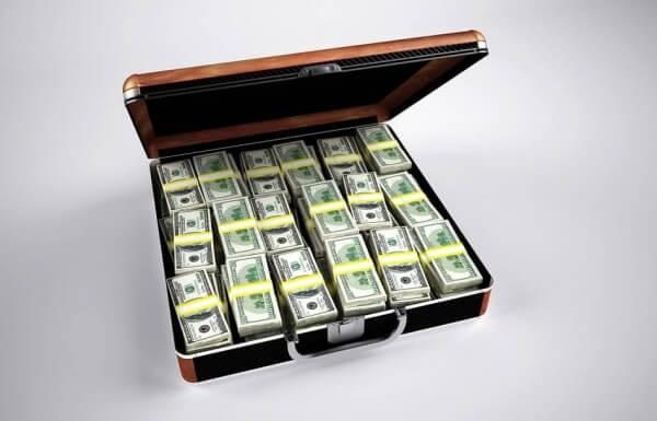 """איך עושים כסף בנדל""""ן?"""